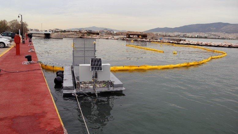 Floating Boom river cleanup system
