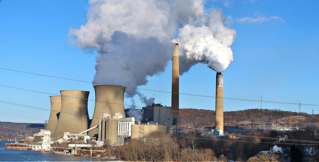 Coal powerplant that makes synthetic gypsum