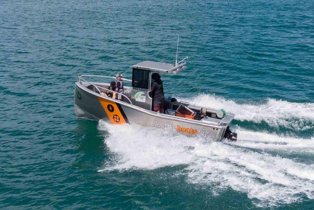 electric boats  aluminum electric workboat